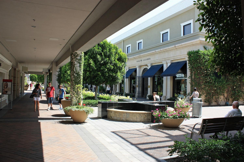 Scottsdale Fashion Square: Premier Scottsdale Mall 58
