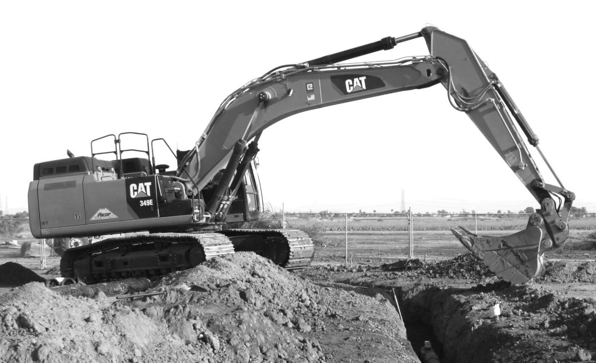 Excavator 359E BandW